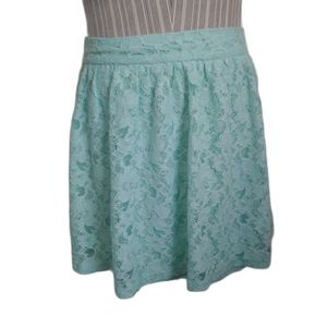 💗EXIT Pale Aqua Lace Skirt, M